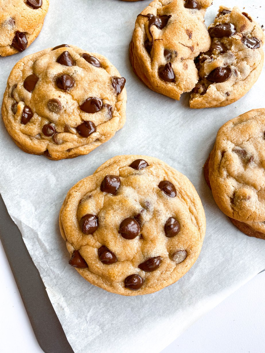 The Thickest and Gooiest Chocolate ChipCookies